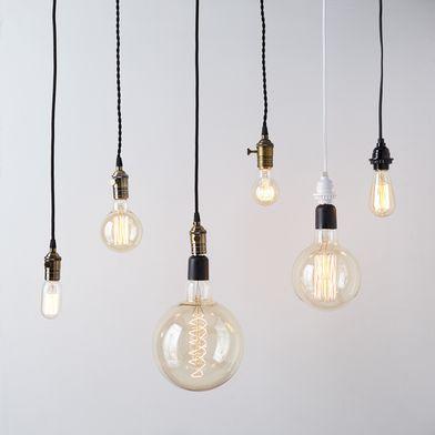 ebbf4dda-9958-4c41-8df1-8565bb95322e--2016-0517_string-light_decorative-pendant-lighting_family_silo_rocky-luten_036