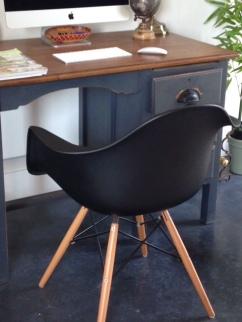 dwell-chair