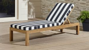 regatta-chaise-lounge-with-sunbrella-cushion