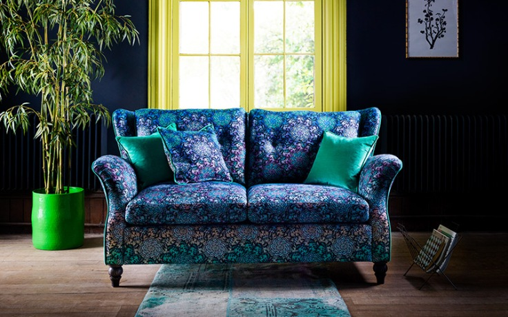 Butterfly Wheel Kemp Compact Sofa