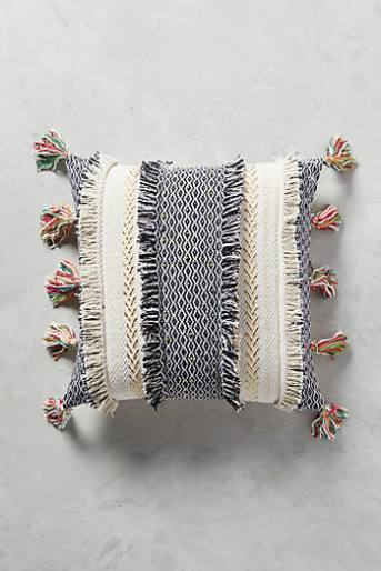 Tasseled Retrograde Cushion
