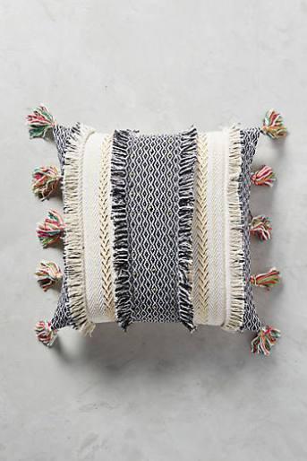 Tasseled Retrograde Cushion